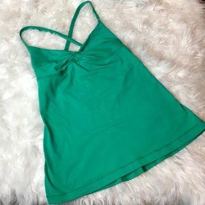 LULULEMON tank top tee green athletic wear workout